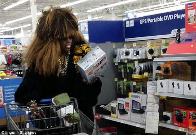 Эксцентричные наряды обычных покупателей в американских супермаркетах