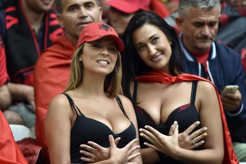 Ради них многие готовы болеть за Албанию