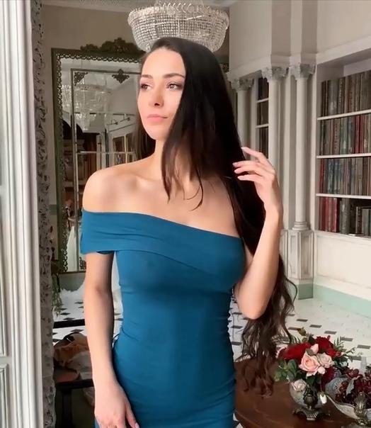 Helga Lovekaty (@helga_model)