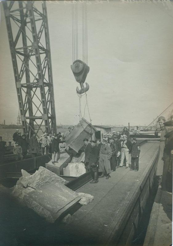 1920. Первомайский субботник. Петроград