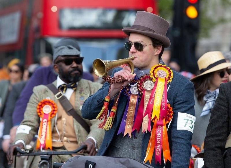 Ежегодный твидовый пробег в Лондоне