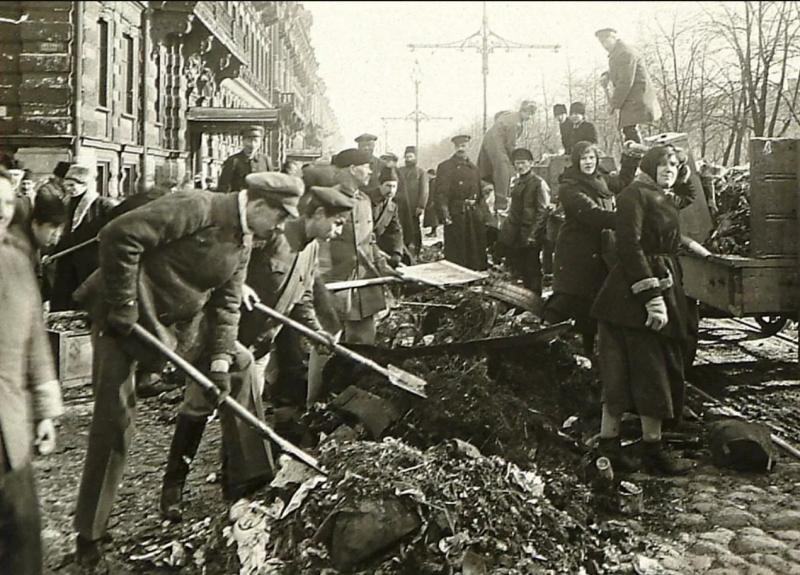 1920. Субботник на Бульваре Профсоюзов. Петроград