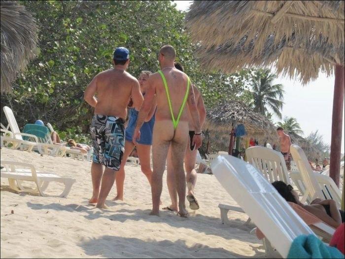 Неловкие моменты на пляже
