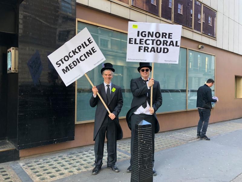 """В Лондоне требуют нового референдума по """"брекситу"""""""