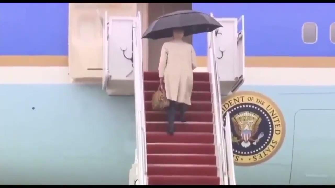 ⚡️Байден сам несет спортивную сумку и зонт. Путин ходит в туалет с 6ю охранниками.